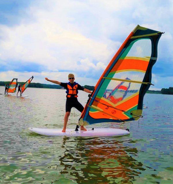ryn-early-stage-2021-windsurfing